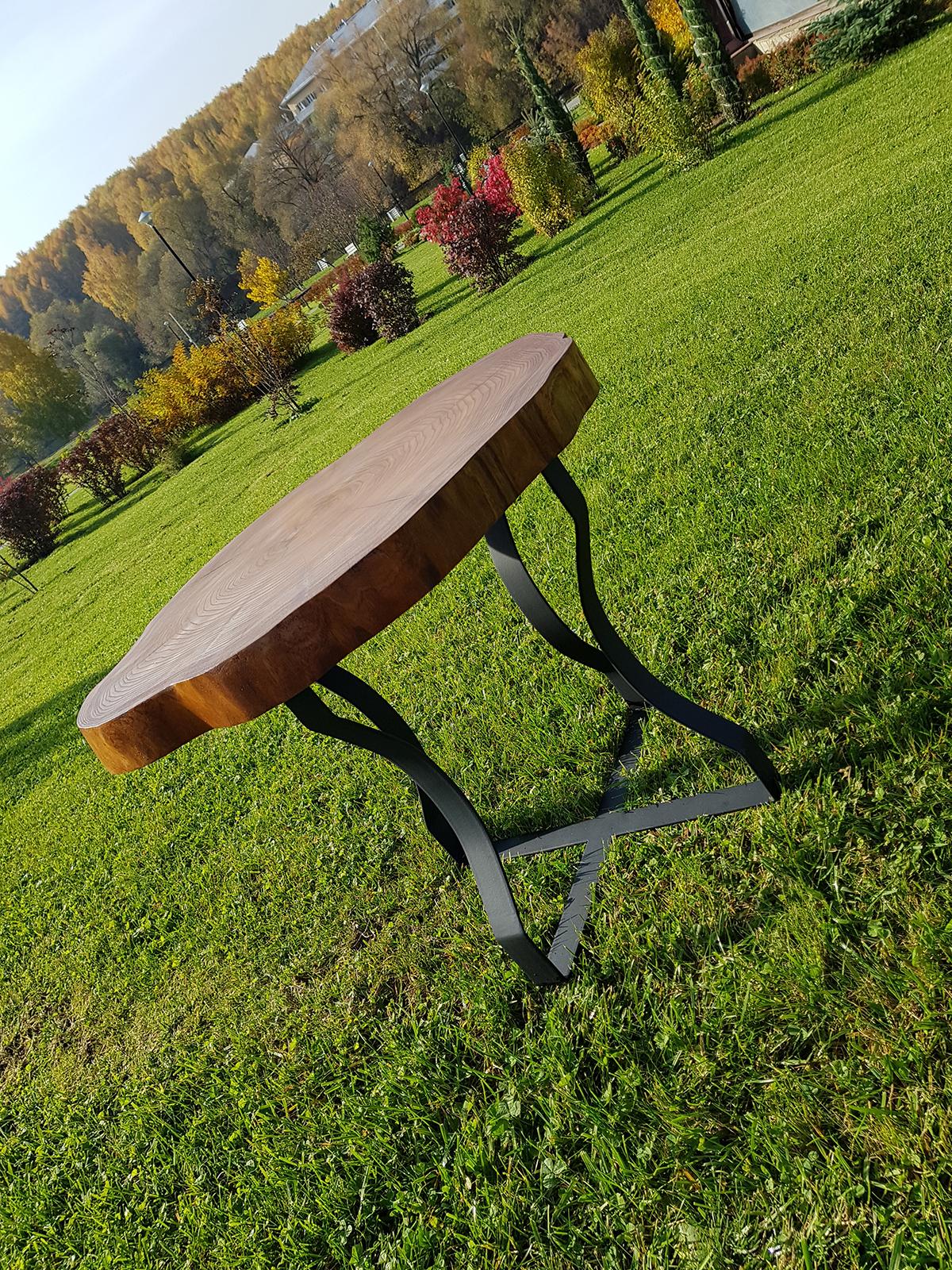 Журнальный Лофт-стол из слэба дерева