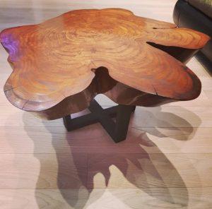 Стол из слэба карагача